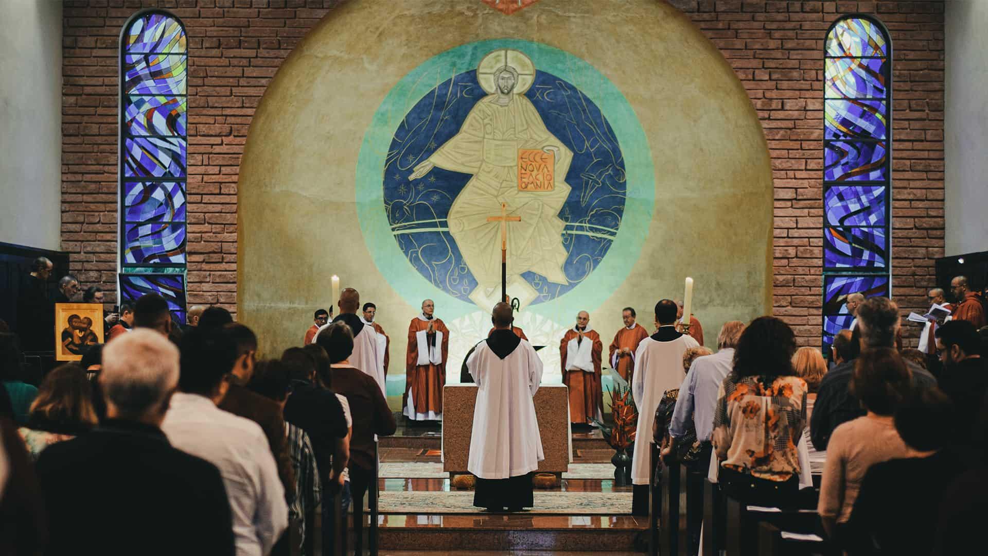Msze św. oraz nabożeństwa w internecie
